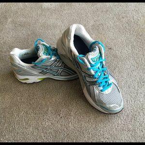 ASICS GT-2140 Women's Sneaker Size-9.